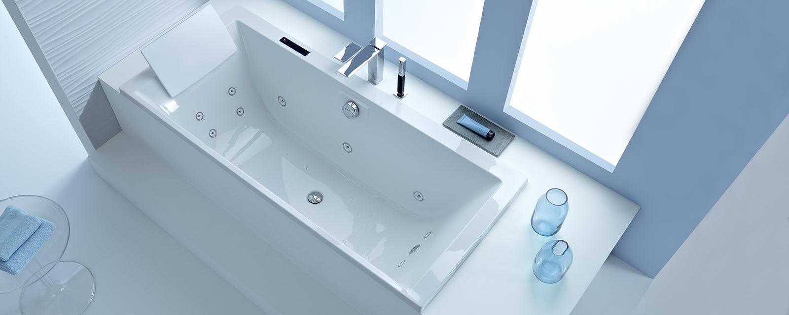 Quelle baignoire balnéo choisir pour votre salle de bains ?   Guide ...